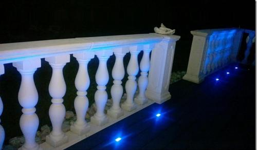 terrasse éclairé en bleu Easy Connect